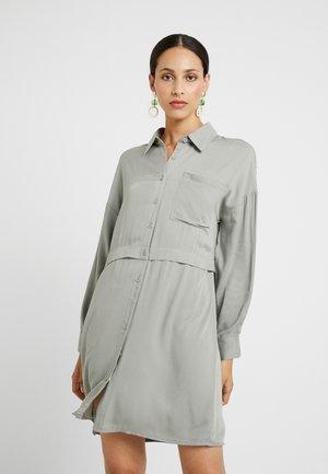 UTILITY SHIRT DRESS - Shirt dress - green