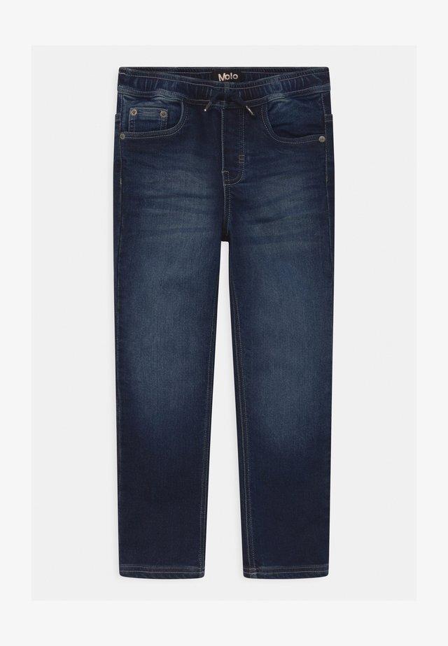 AUGUSTINO - Jeans slim fit - dark indigo