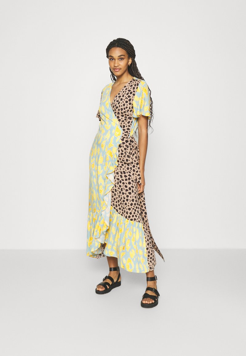 Never Fully Dressed - SPLICE ANIMAL CORDELIA WRAP DRESS - Day dress - multicoloured