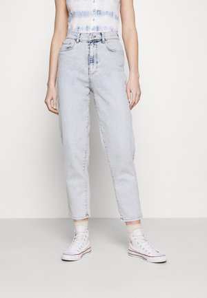 COMFY MOM - Relaxed fit -farkut - bleached blue