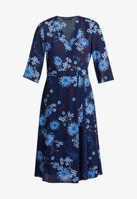 Marc O'Polo - DRESS WRAP STYLESLEEVE - Denní šaty - mottled blue - 4