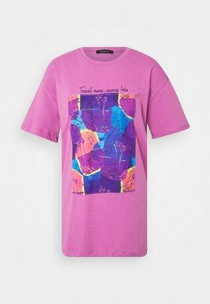 Camiseta estampada - lila