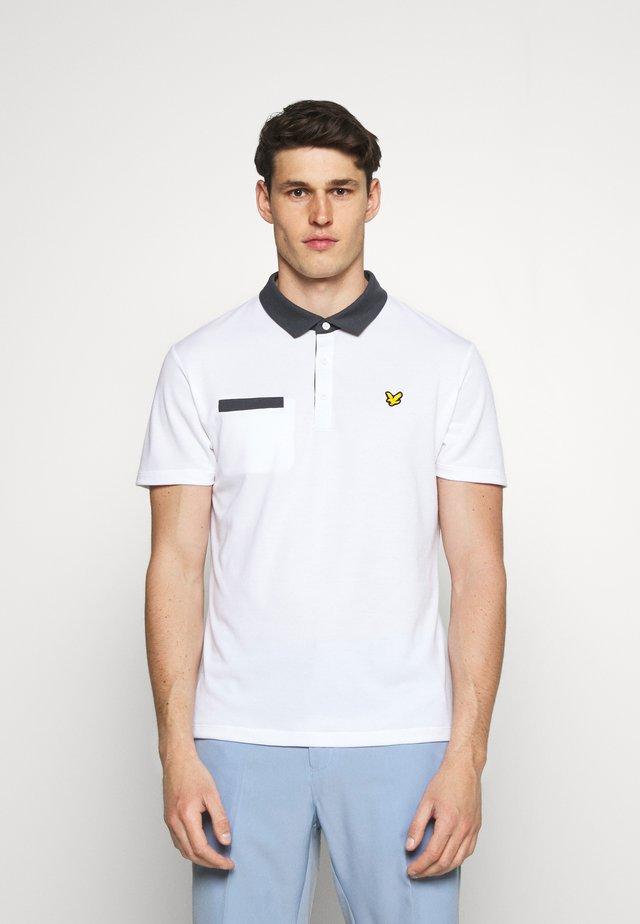 AVIEMOORE - Polo shirt - white