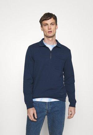 Sweater - blazer