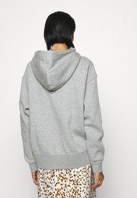 Nike Sportswear - HOODIE TREND - Felpa con cappuccio - dark grey heather/matte silver/white - 2