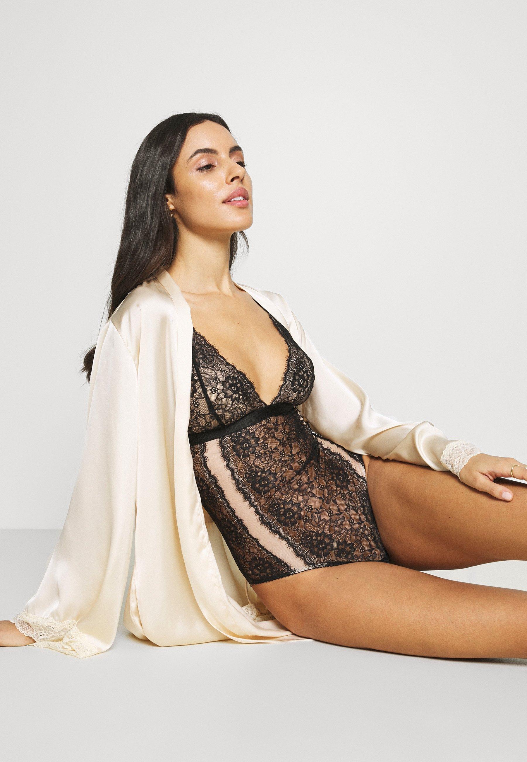 Femme AMY  - Body