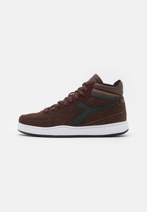 PLAYGROUND - Sneakers alte - brown cocoa