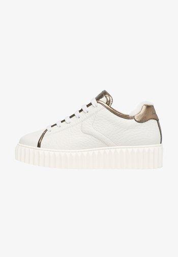 ADELE - Sneakers basse - weiß