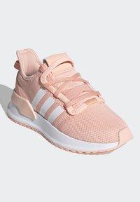 adidas Originals - U_PATH RUN SHOES - Trainers - glow pink/ftwr white/core black - 2