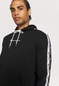 Champion - HOODED  - Sweatshirt - black - 3