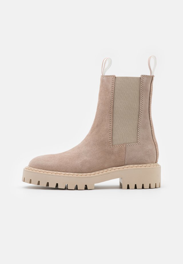 DAZE - Kotníkové boty na platformě - taupe