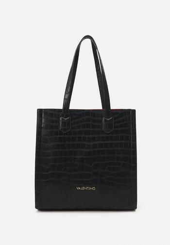 JUNIPER - Shoppingveske - nero/rosso