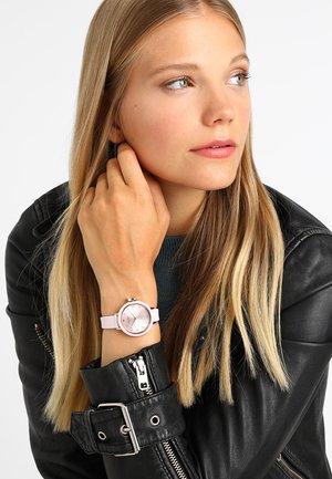 PARK - Horloge - rosa