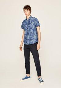 Pepe Jeans - LONGFORD - Shirt - chambray - 1
