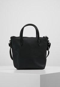 Lacoste - SHOPPING CROSS BAG - Handbag - black - 2