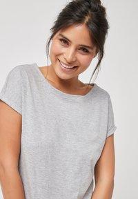 Next - Basic T-shirt - grey - 2