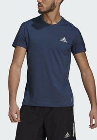 adidas Performance - OWN THE RUN SOFT T-SHIRT - Print T-shirt - blue - 3