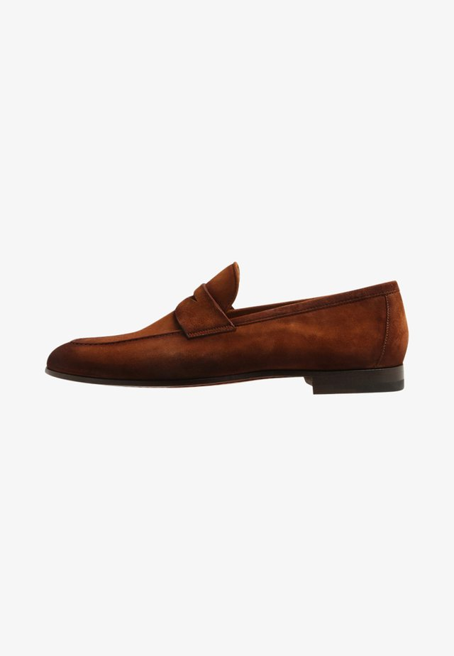 GUATONO - Loaferit/pistokkaat - cognac