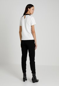Morgan - Print T-shirt - off white - 1