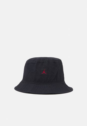 BUCKET WASHED UNISEX - Hat - black/gym red