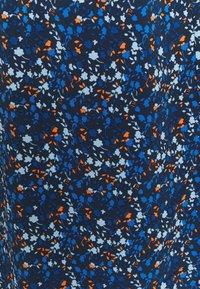 Glamorous Tall - LADIES DRESS FLORAL - Denní šaty - navy blue/orange - 2