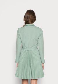 Closet - CLOSET PLEATED DRESS - Shirt dress - mint - 2