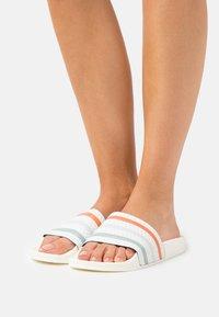 adidas Originals - ADILETTE TOWEL - Ciabattine - white - 0