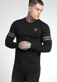 SIKSILK - TECH SCRIPT TEE - Long sleeved top - black/gold - 4