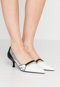 Sportmax - ZUARA - Classic heels - latte - 0
