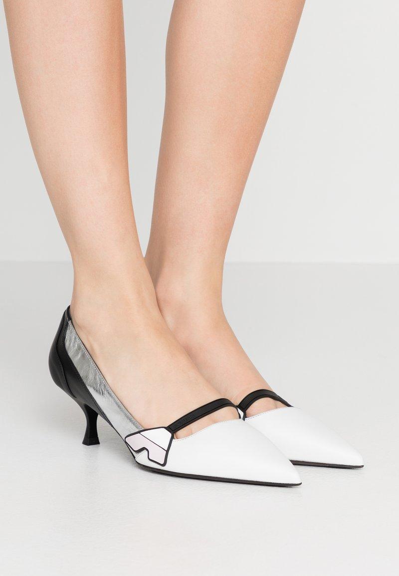 Sportmax - ZUARA - Classic heels - latte