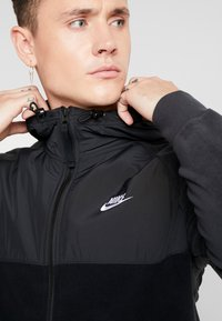 Nike Sportswear - HOODIE WINTER - Fleecejacke - black/off noir/white - 4