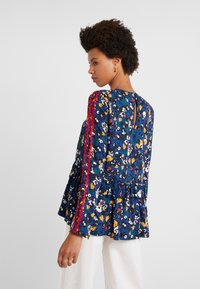 Libertine-Libertine - RECORD - Blouse - navy flower - 2