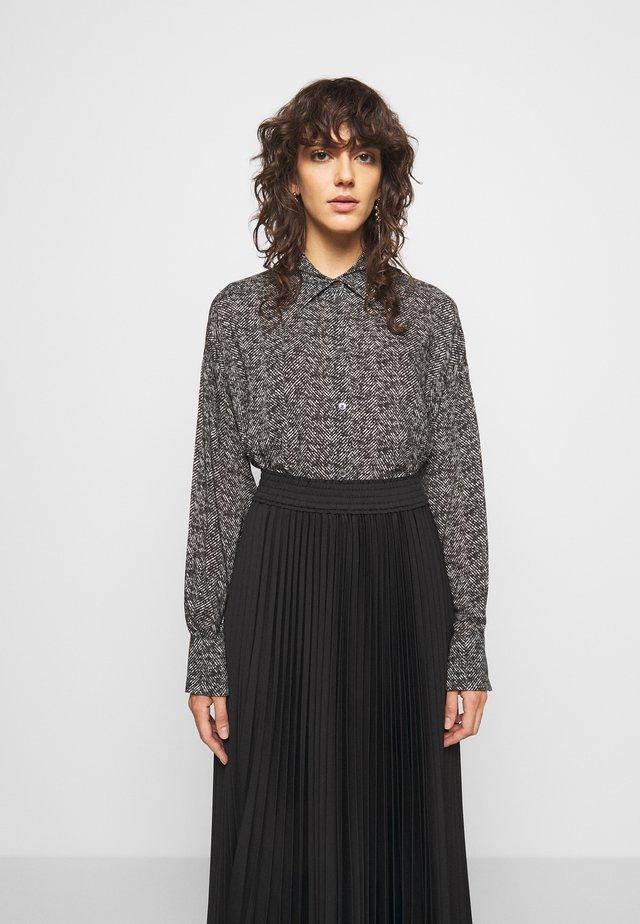 CLOELIA - Camisa - grau