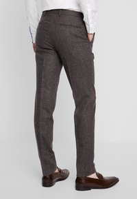 Shelby & Sons - NEWTOWN SUIT - Suit - dark brown - 5