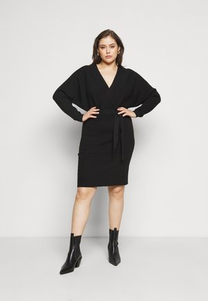 VMREM DRESS CURVE - Jumper dress - black