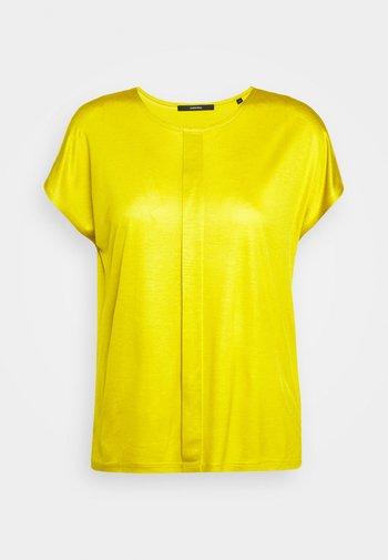 KUSANA - Jednoduché triko - golden green