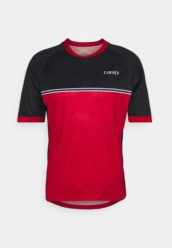 ROUST - T-shirt z nadrukiem - bright red