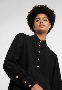 Rika - ROSA DRESS - Vestido camisero - black - 4