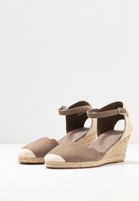 Anna Field Wide Fit - Wedges - camel - 4