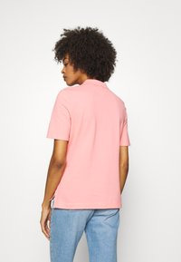 Tommy Hilfiger - ESSENTIAL - Polo - watermelon pink - 2