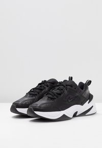 Nike Sportswear - M2K TEKNO - Sneakersy niskie - black/oil grey/white - 4
