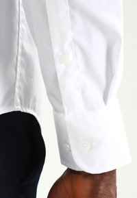 Pier One - Formal shirt - white - 4