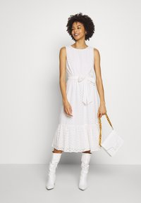 Wallis - BRODERIE TIERED MIDI DRESS - Sukienka letnia - ivory - 1