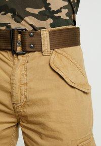 Schott - BATTLE - Shorts - beige - 5