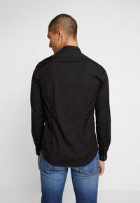 Calvin Klein Tailored - EASY IRON SLIM - Košile - black - 2