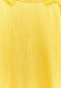 Springfield - BIMAT - Camiseta básica - yellow - 2