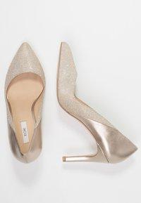 KIOMI - High heels - gold - 3