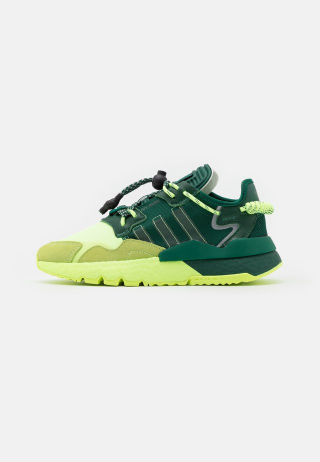 IVY PARK NITEJOGGER - Sneakers laag - dark green/hi-res yellow