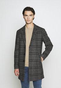 Jack & Jones PREMIUM - JPRBLAMOULDER CHECK - Classic coat - dark grey melange - 0