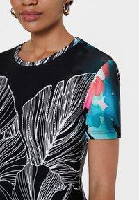Desigual - T-shirt imprimé - black - 3